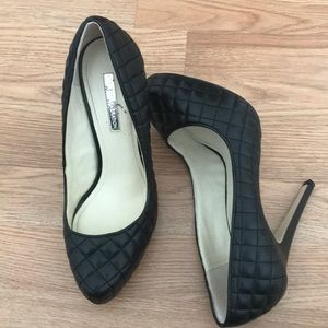 Bcbg generation platform pumps